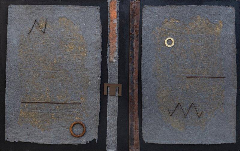 Pagine dorate, 57x90, ferro, grafiche, su tavola, 2020