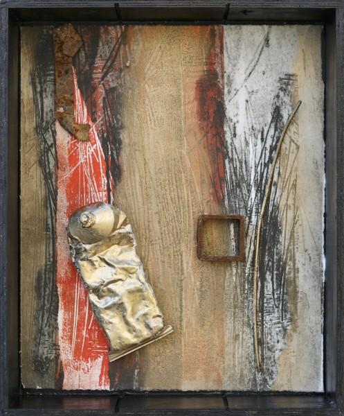 Il passato che ritorna, 34x28, scatola in legno, grafica, ferro e tubo di colore, 2017