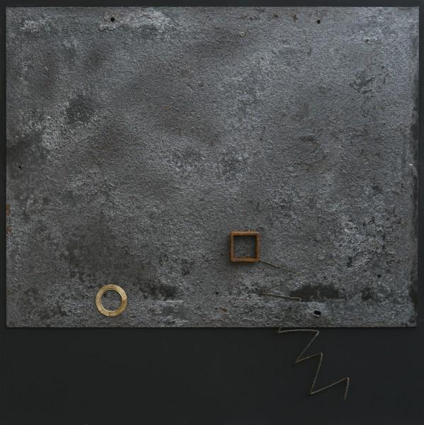 Quel che resta della memoria, 2017, ferro combusto e smalto su tavola, 60x60
