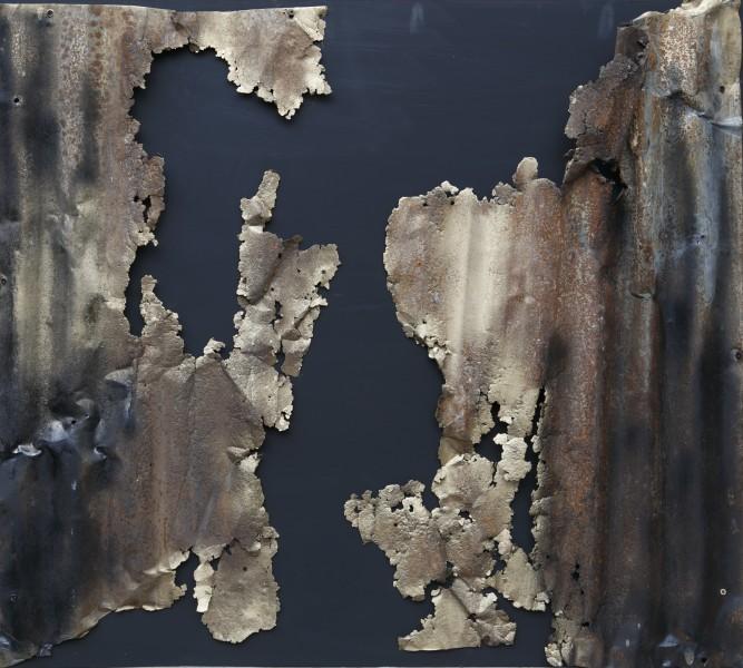 Ciò che resta della materia, 2017, ferro combusto e smalto su tavola, 92x103