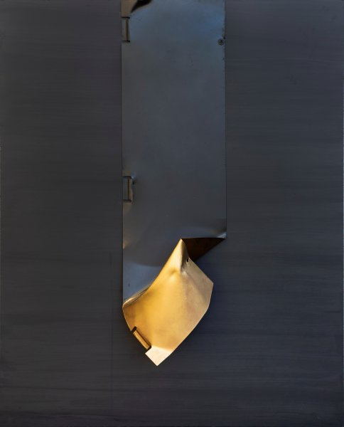 Presenza, 100x80, ferro, smalto, su tavola, 2020