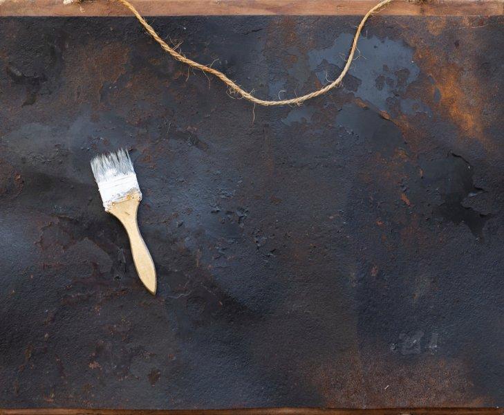 Fantasmi dell'anima, 55x65, ferro, smalto, pennello, su tavola, 2017