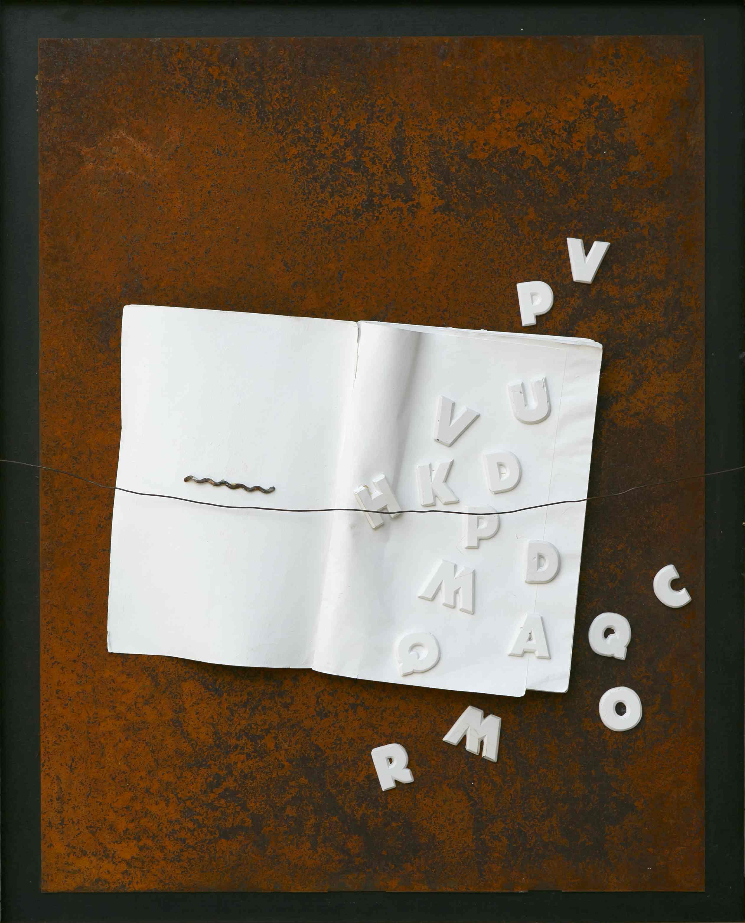 Lettere in libertà, ferro corroso, libro, gesso su tavola, 70x50, 2013