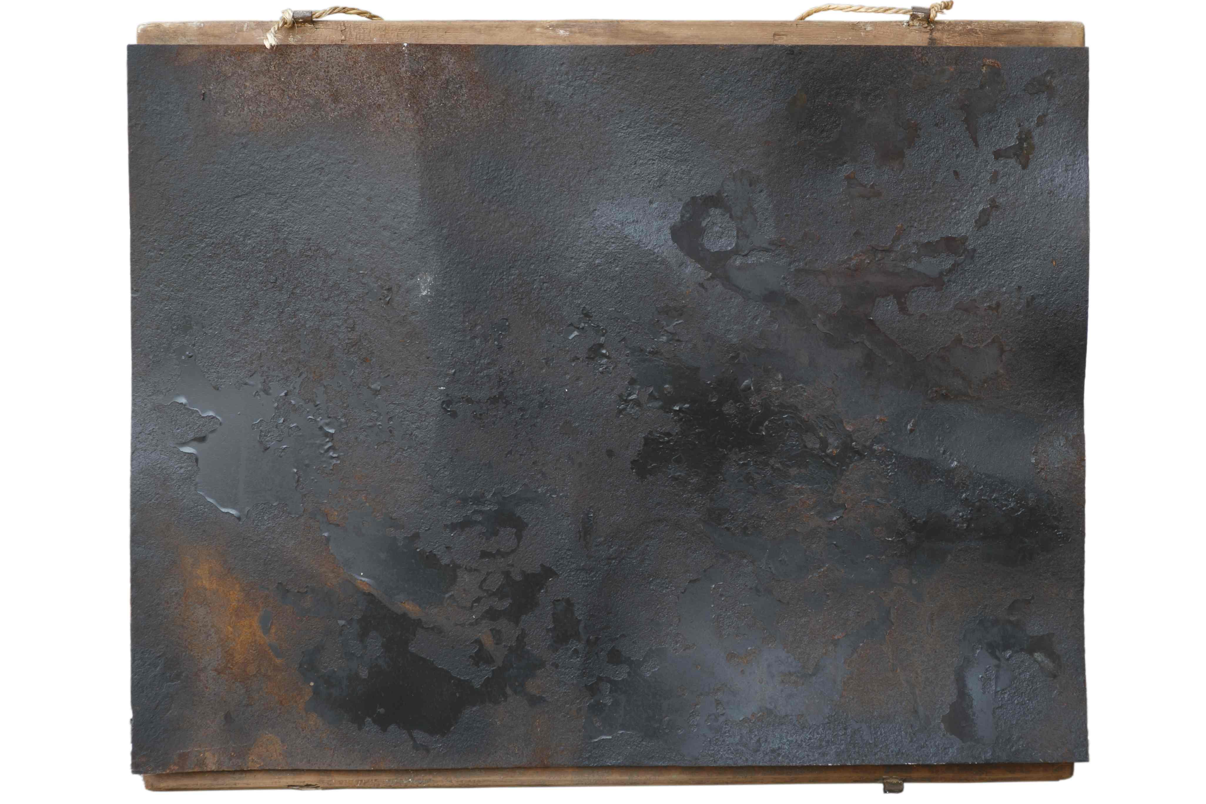 Suggestioni, ferro corroso e smalto su tavola, 66x53, 2005