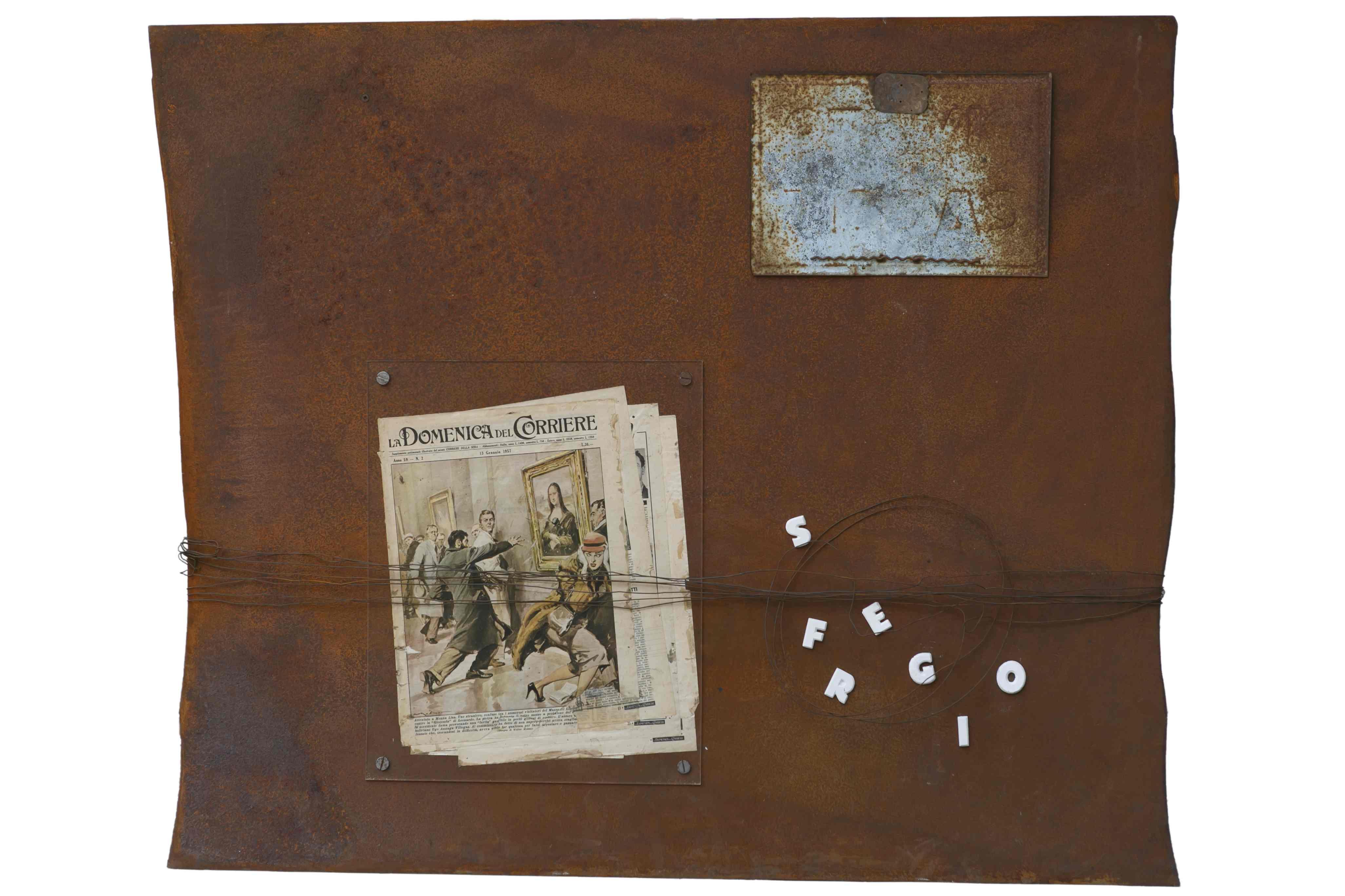 Nello spazio e nel tempo, ferro corroso, giornale e gesso, 120x100, 2013