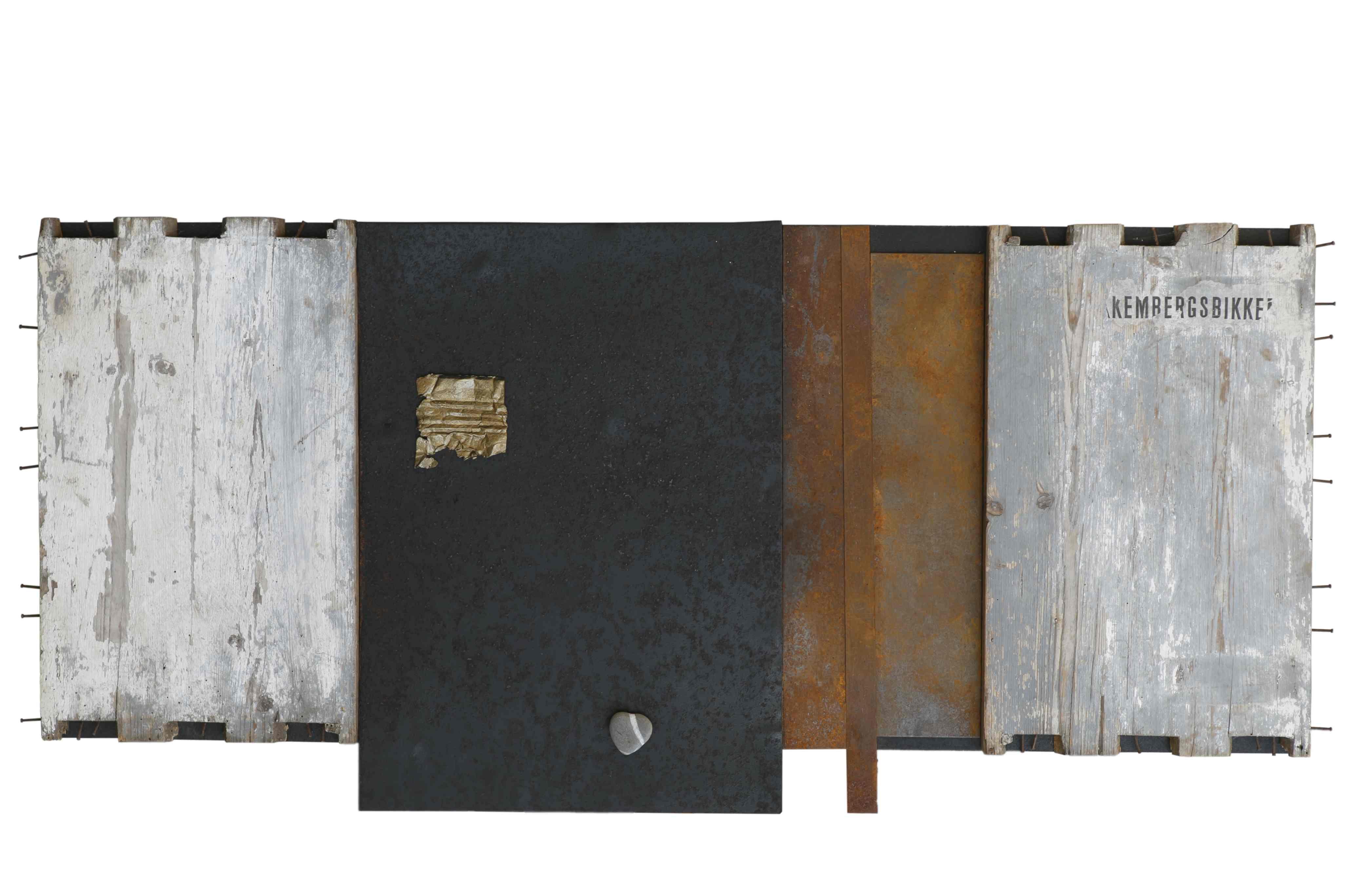 Dialoghi, ferro corroso, legno, sasso su tavola, 122x50