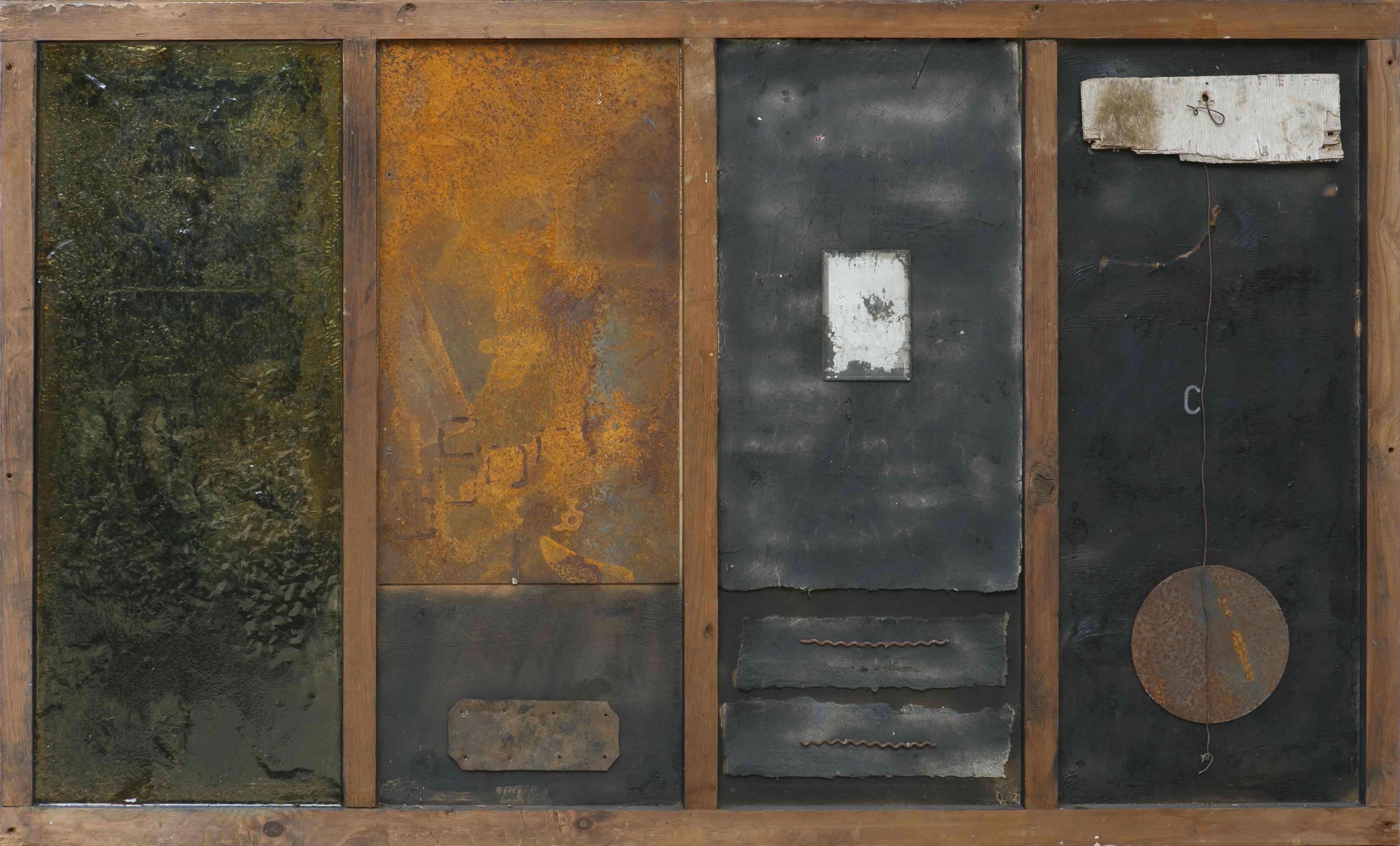 Itinerari della memoria 1, ferro corroso, legno, vetroresina su tavola, 140x85, 1999