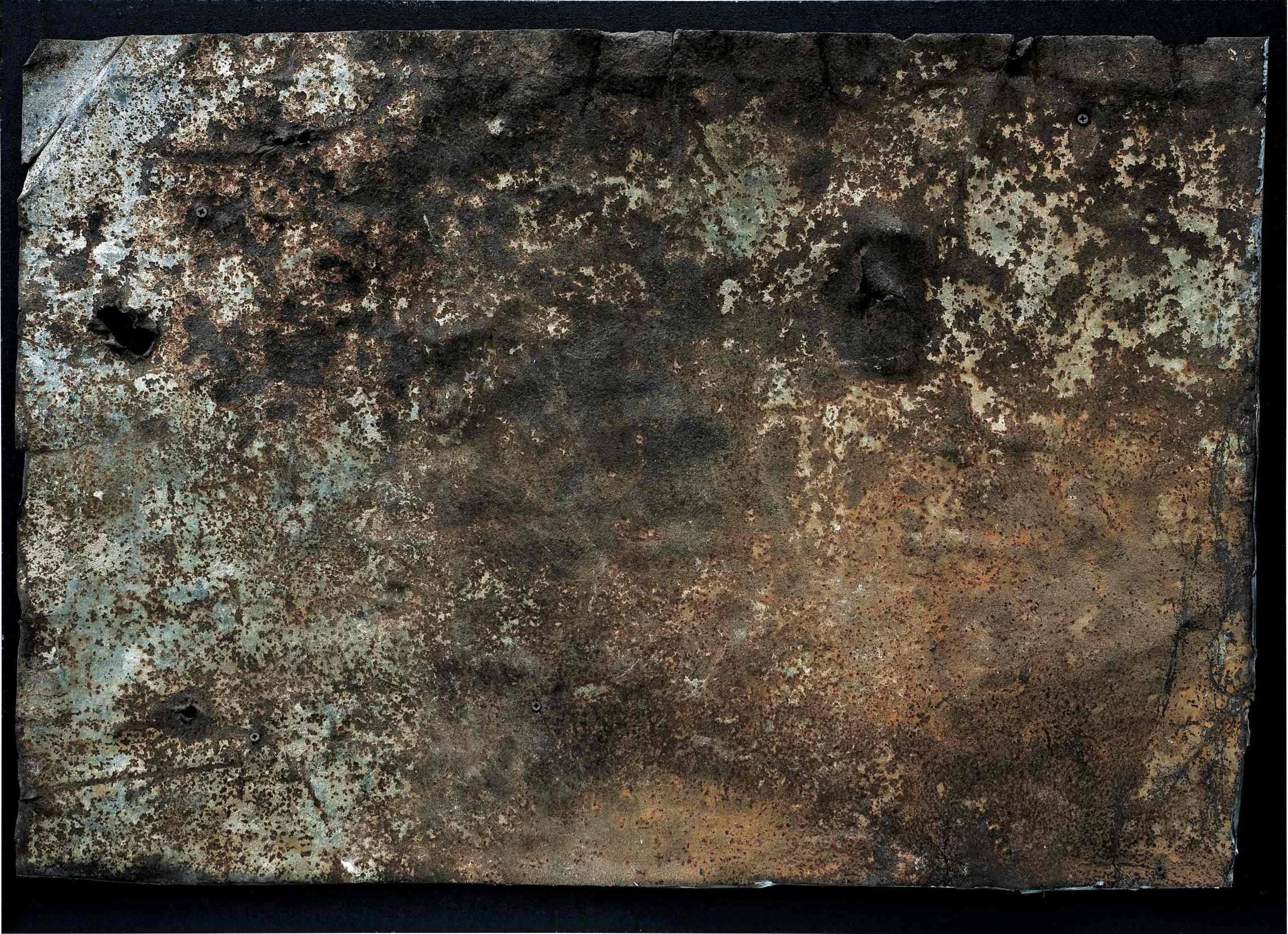 L'anima della materia, combustione su ferro e tavola con copertura in plexiglas, 68x49, 2007
