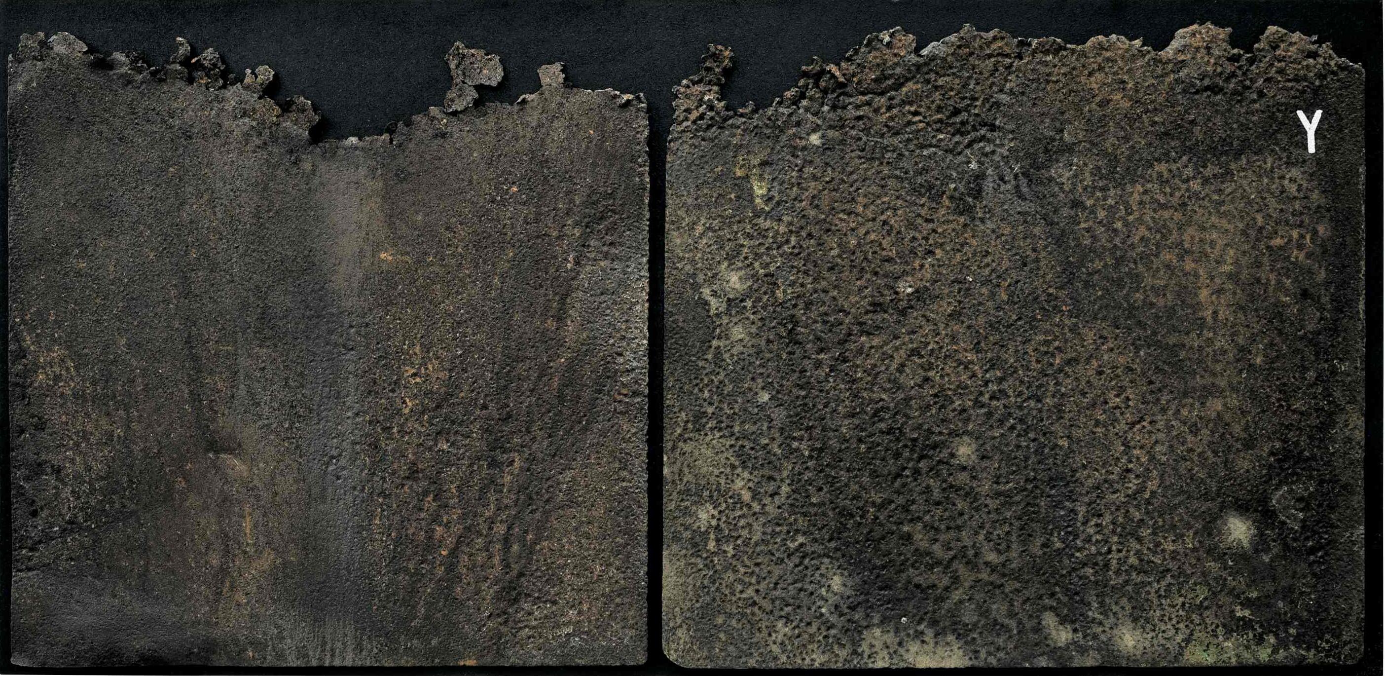 Profili del tempo, ferro combusto su tavola e copertura in plexiglas, 100x48,5, 2006