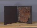 Libro-dartista-2001-ferro-corroso-su-tavola-20x20